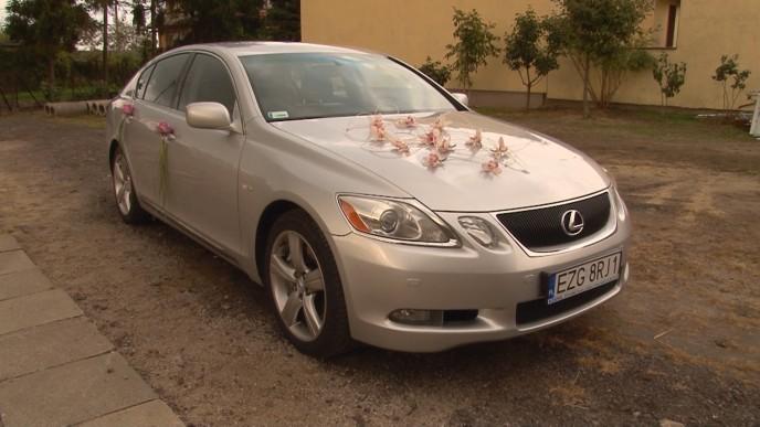 Lexus - wynajem do ślubu